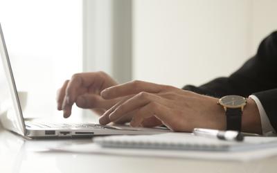 La importancia de gestionar correctamente tus suscripciones de empresa